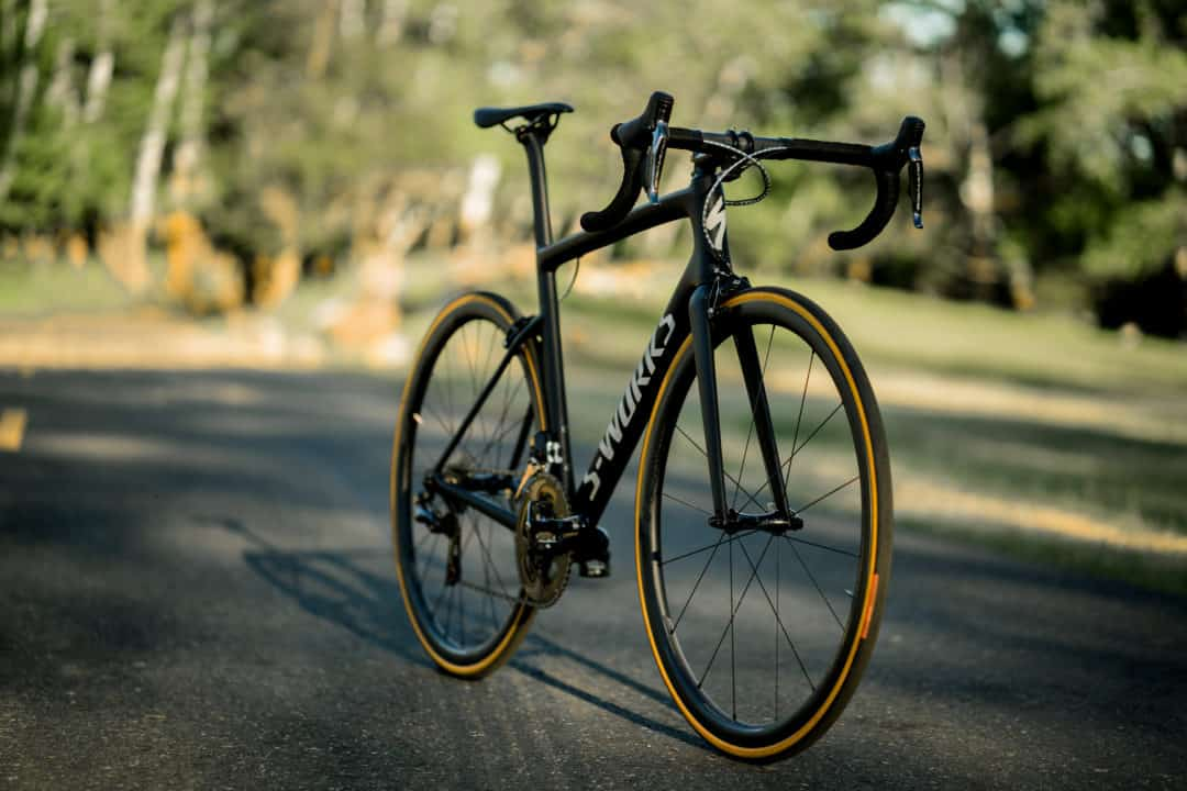 Polkupyörän huolto hinta vaihtelee kausihuollon laajuuden mukaan.